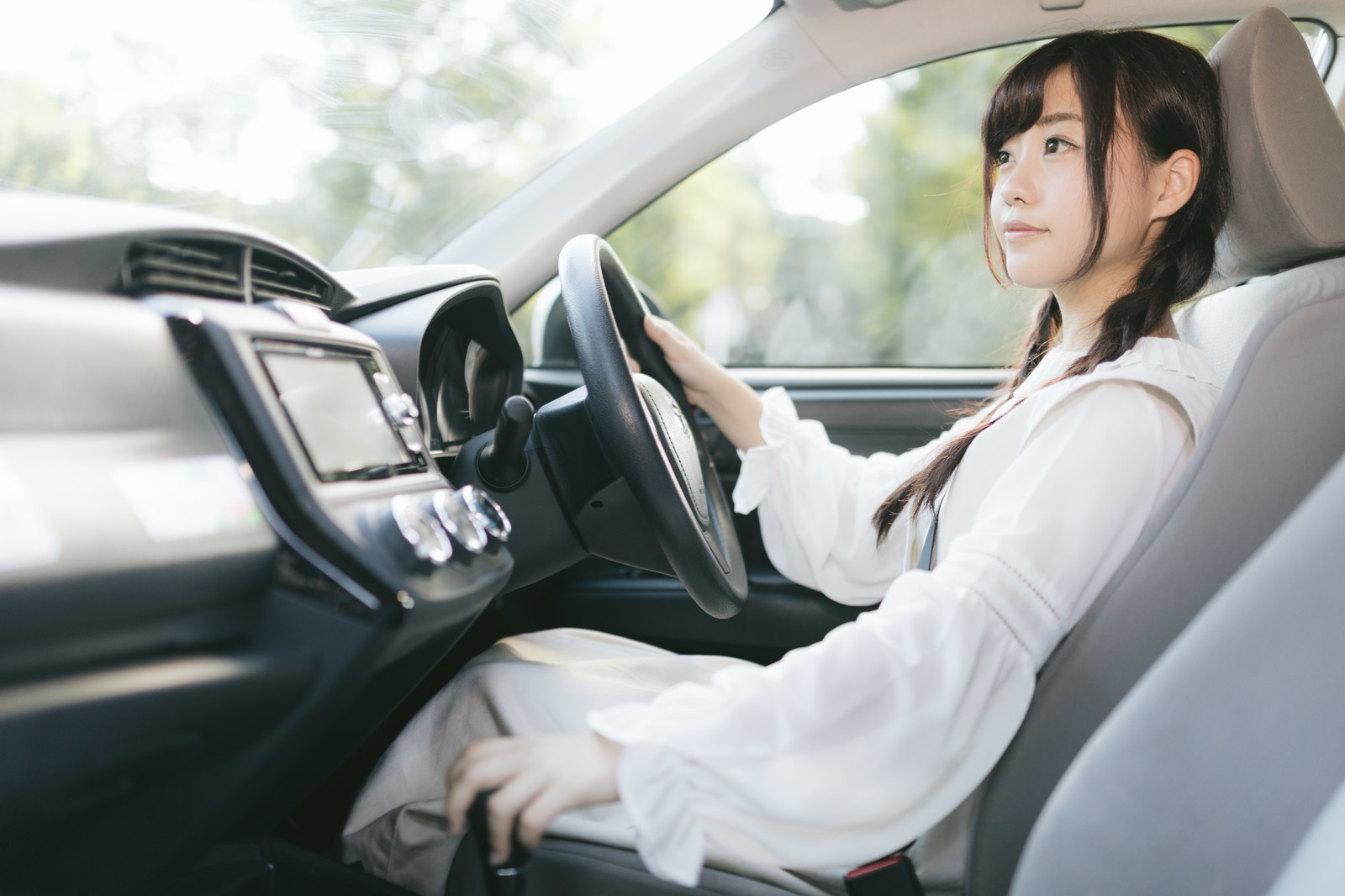 モバイルエージェントは自動車保険特化アプリ